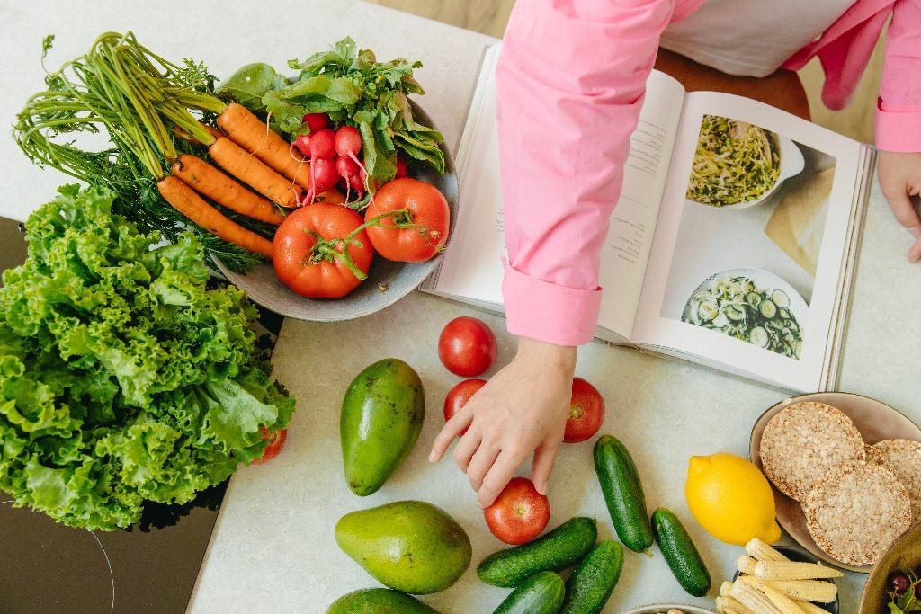 légumes dans une cuisine